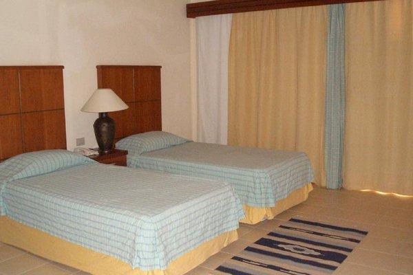 Shores Golden Hotel - 8