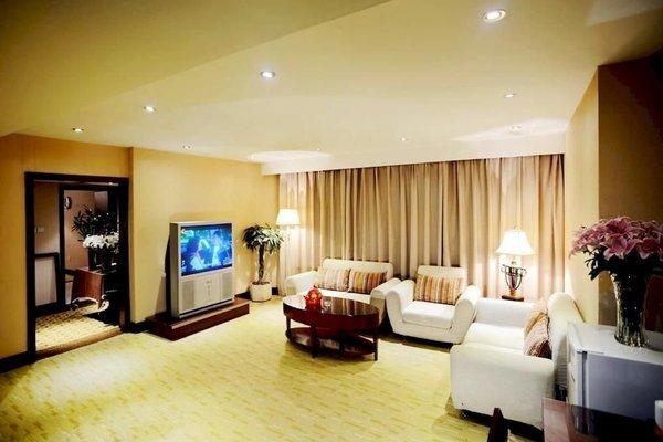 Suns Amat Hotel - фото 5