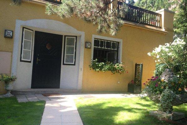 Exquisites Gartenapartment in eleganter Jugendstilvilla - фото 3