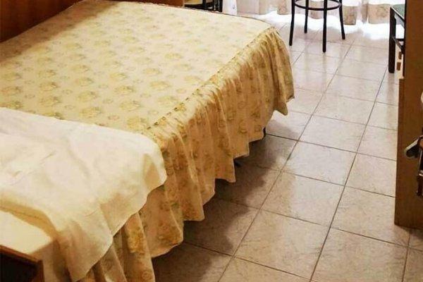 Hotel Sara - 9