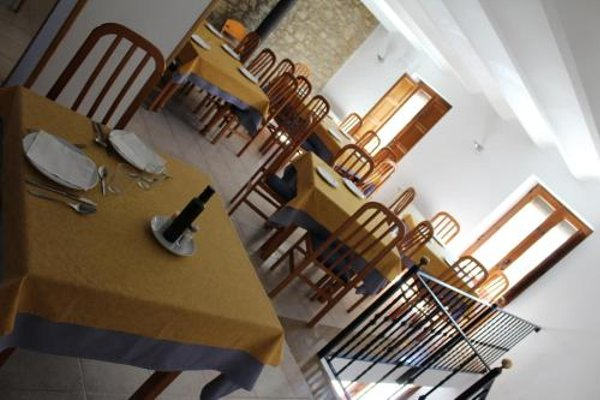 Hotel D'Ares - 12
