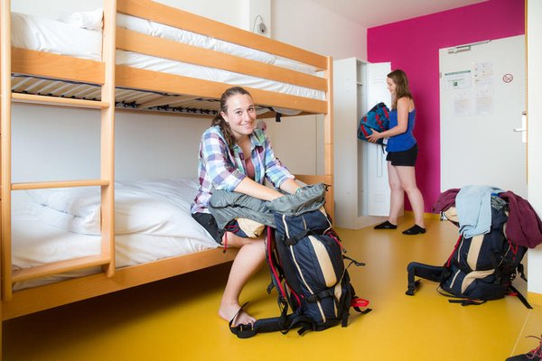 a&t Holiday Hostel - 3