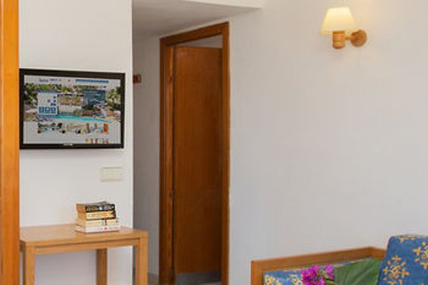 Gavimar La Mirada Hotel and Apartments - фото 3
