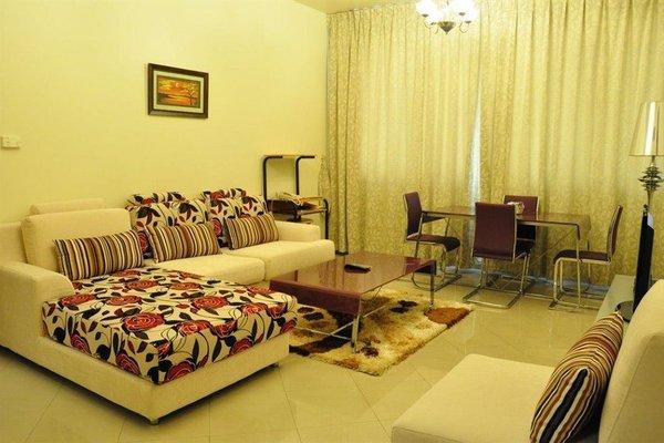 Abu Dhabi Plaza Hotel Apartments - фото 16