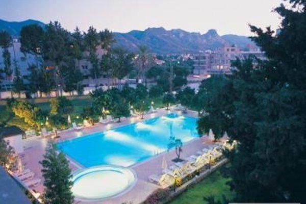 Pia Bella Hotel - 16