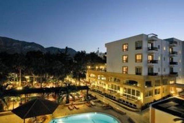 Pia Bella Hotel - 18