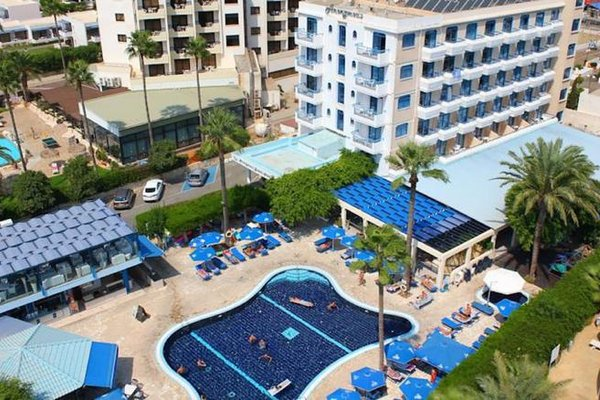 Anonymous Beach Hotel - фото 50