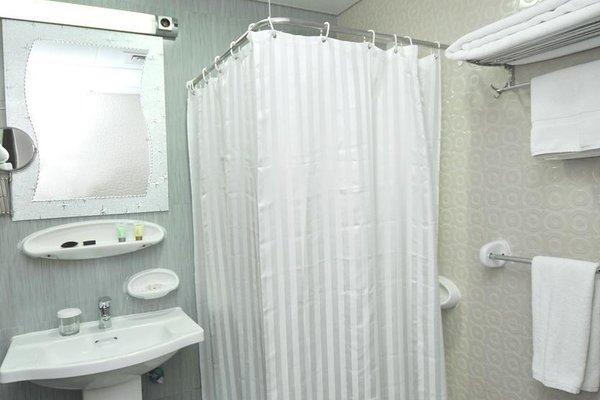 Royal Suite Hotel Apartments - 9