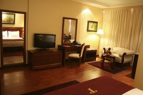 Trianon Hotel - фото 13