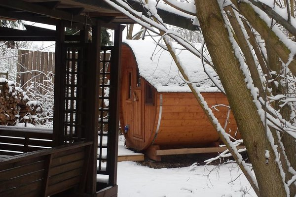 Mini Hotel Ubernachten Im Gurkenfass - фото 18