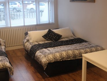 Апартаменты *NEW!!!* Stylish Apart: 30 mins to London Victoria