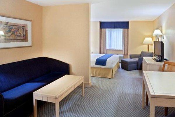 Holiday Inn Express-Langley - 4