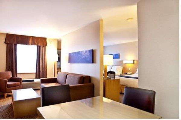 Holiday Inn Express-Langley - 6