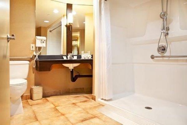 Holiday Inn Express-Langley - 9