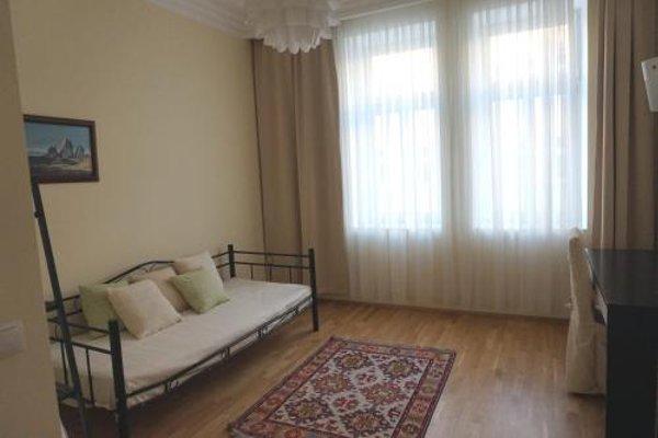 Room 55 - 4