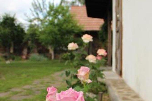 Guesthouse na 3-m Polevom Pereulke - 16