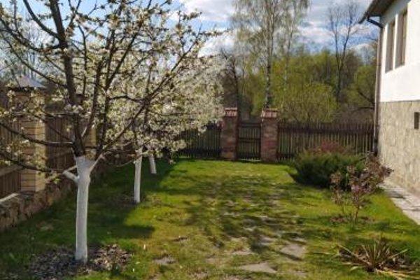Guesthouse na 3-m Polevom Pereulke - 6