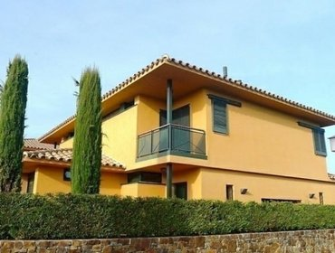 Apartments Rental Villa torremirona - Navata, 3 bedrooms, 6 persons
