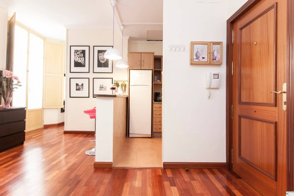 Elegant Apartment in the Old Town - фото 16