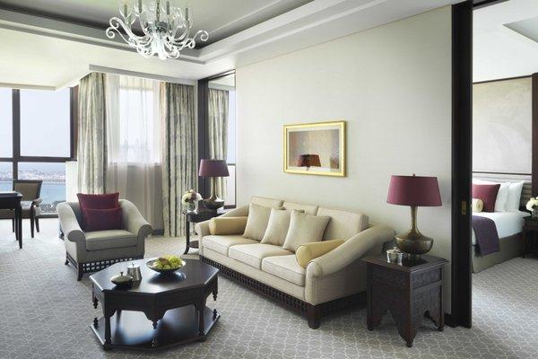 Bab Al Qasr Hotel - 10