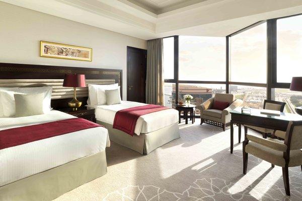 Bab Al Qasr Hotel - 3