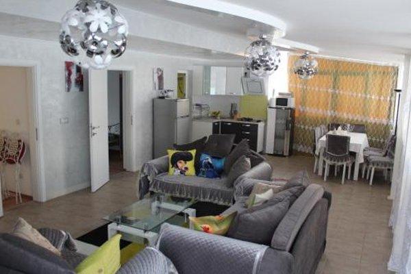 Lilac Apartments - фото 5