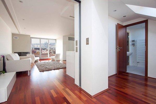 Luxury Penthouse Apartment - фото 7