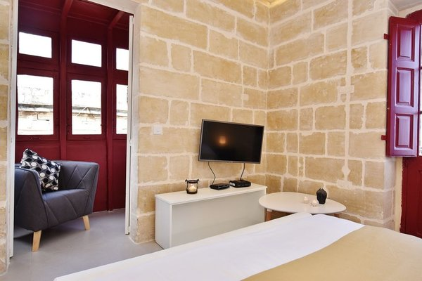 Valletta Boutique Living Standards Apartments - 3