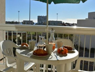 Апартаменты Rental Apartment ORMARINES - Le Lavandou, 1 bedroom, 4 persons