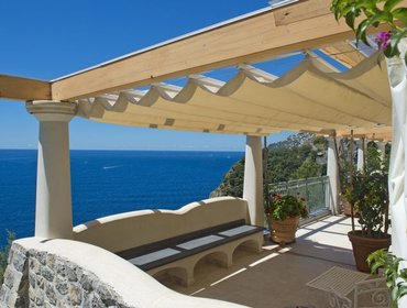 Апартаменты Perfect 2 Bedroom House in Amalfi with Balcony - Regal Con