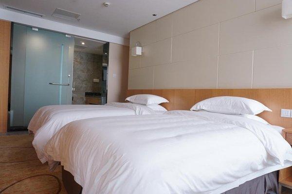 Robin Hotel - 9