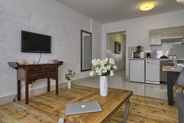 Ajax Apartment Copernicus Center - 6