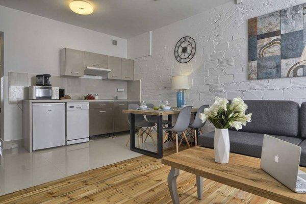 Ajax Apartment Copernicus Center - 8