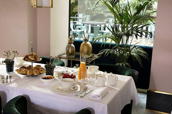 Hotel Saint-Marc - 10