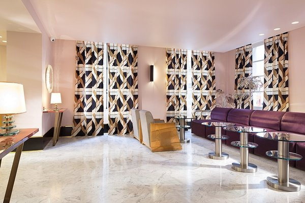 Hotel Saint-Marc - 11
