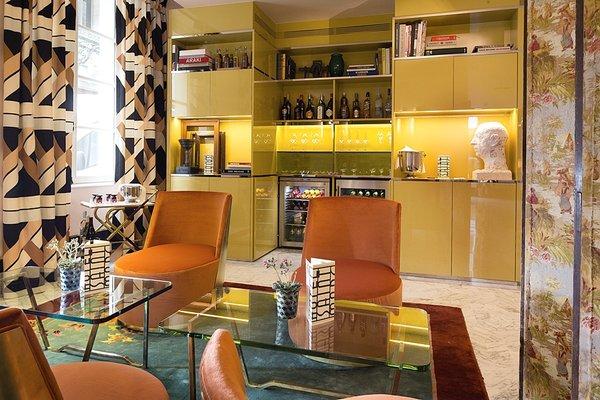 Hotel Saint-Marc - 12