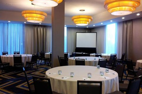 The Hollis Halifax - a DoubleTree Suites by Hilton - фото 19
