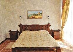 Парк-отель «Прага» фото 2 - Алушта, Крым