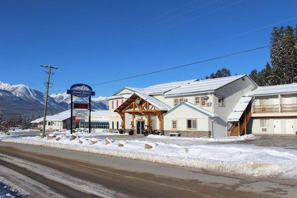 Golden Village Lodge - фото 21