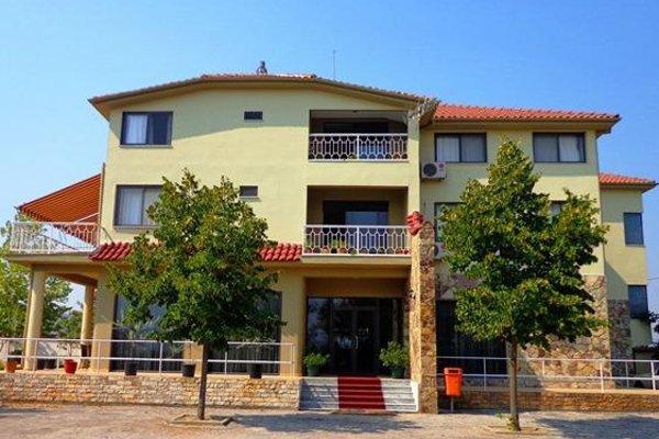 Viktoria - Sauk Tirana - 50