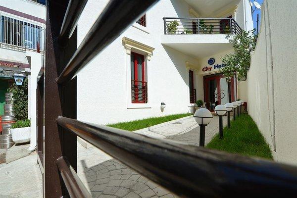 City Hotel Tirana - фото 23