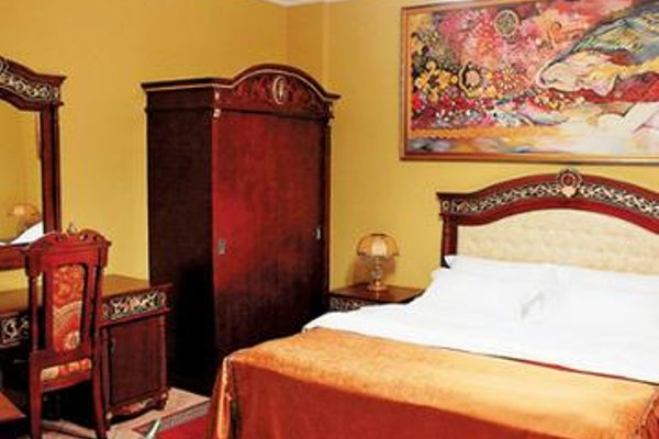 Dinasty Hotel - фото 3