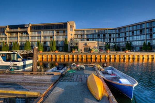 Oceanfront Suites at Cowichan Bay - фото 21