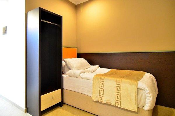 Capital Tirana Hotel - 4