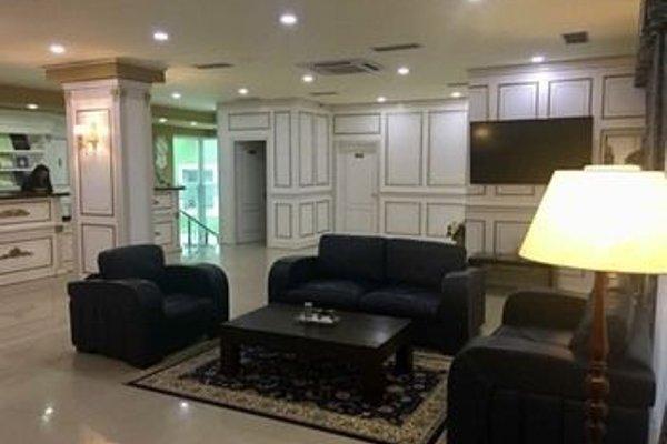 Capital Tirana Hotel - 5