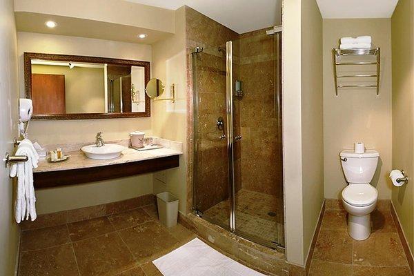 Hotel Brossard - 7
