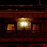 Отель Petit Hotel