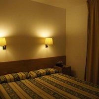 Отель Hotel Catalunya