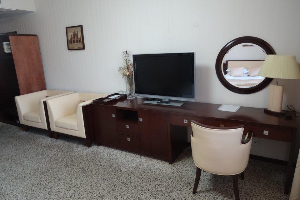 Отель «Мартон Палас»