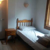 Отель Apartaments Els Avets